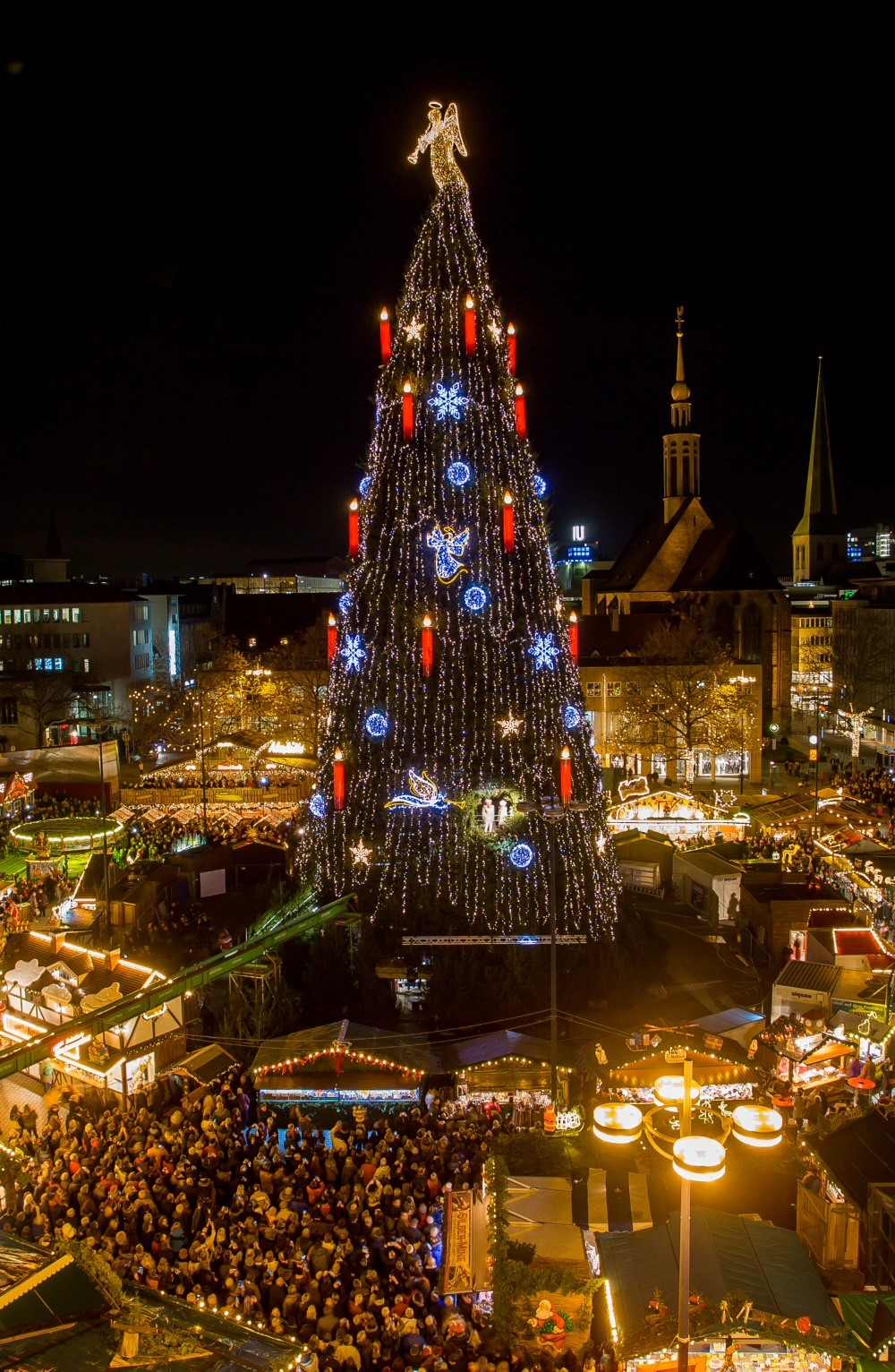 Kocher kümmert sich um Beleuchtung des Dortmunder Weihnachtsbaums