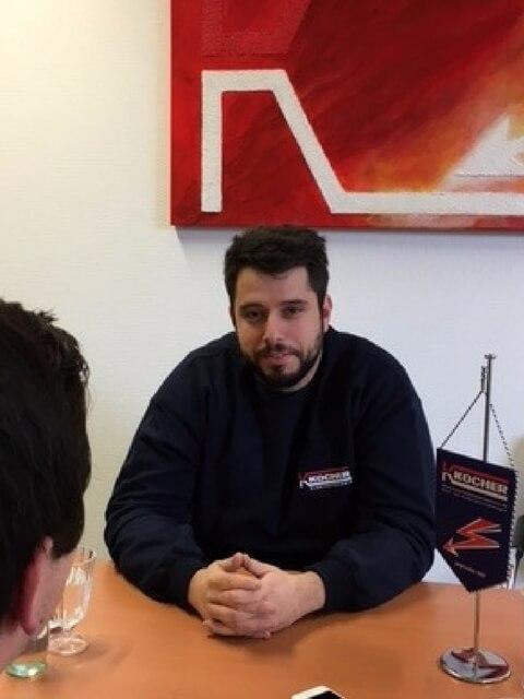 Auszubildender Elektroniker im Interview