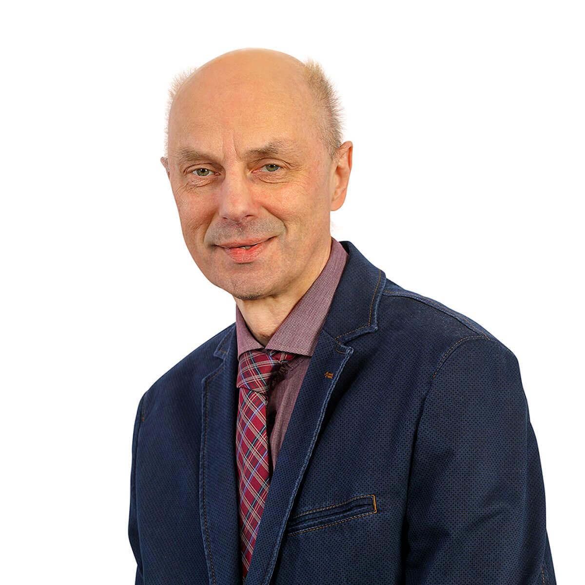 Michael Pier ist Assistenz der Kocher GmbH.