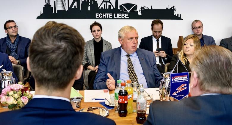 Digital Excellence, Fa. Kocher in Dortmund. Sprechend Karl-Josef Laumann, Minister für Arbeit, Gesundheit und Soziales des Landes NRW
